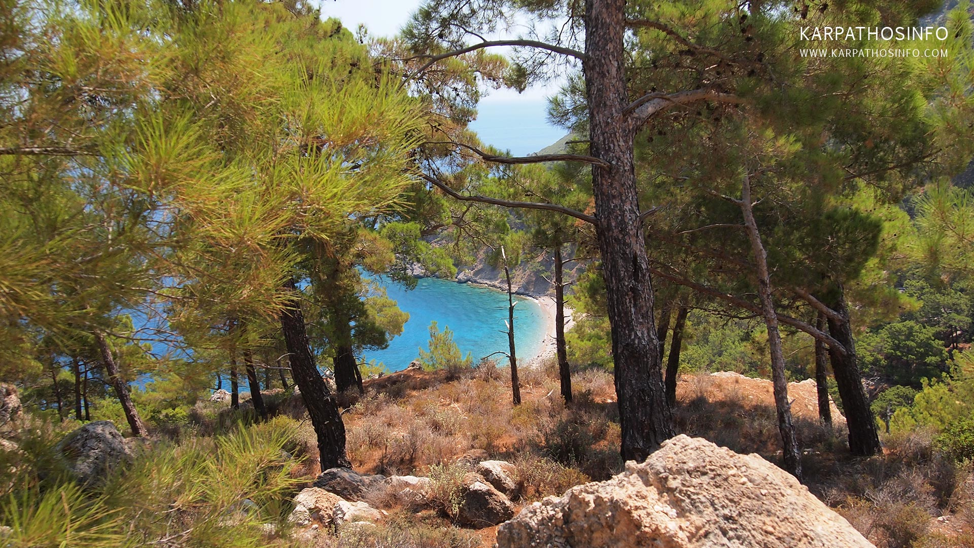 images/slider/hiking-in-karpathos.jpg